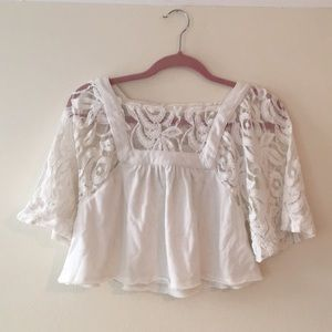 Free People Tops - White cropped & lacy free people top